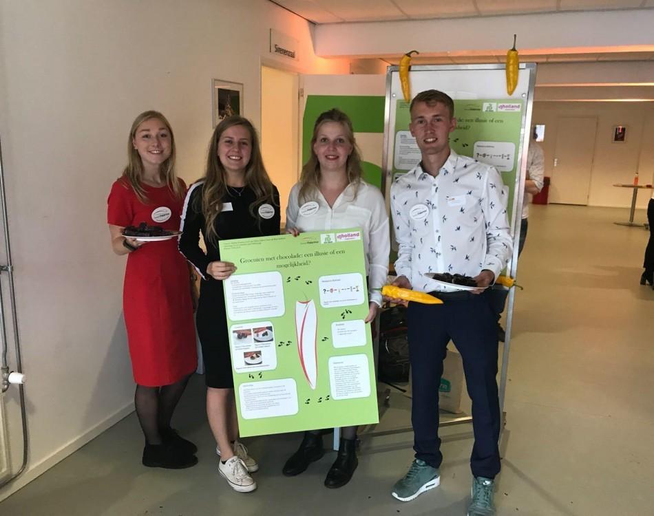 Vier tweedejaarsstudenten van Food Commerce & Technology van hogeschool Inholland
